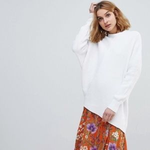 Free People • Asymmetrical Downtown White Sweater